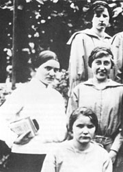 Edith Stein with her students.